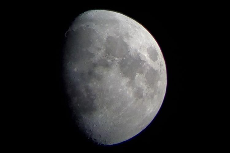 Celestron Travel Scope 80 - Moon 3